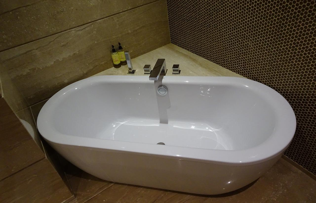 Salle de bains : quel revêtement mural ?